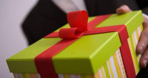 gift employee rewards